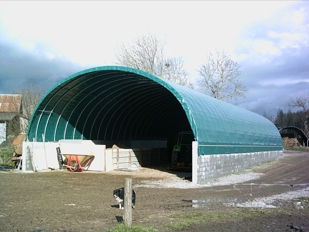 Tunnels sarl lagarde mat riel d 39 levage for Tunnel agricolo permessi